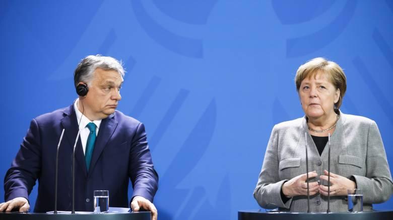 Μέρκελ - Όρμπαν ζητούν επανεκκίνηση ενταξιακών διαπραγματεύσεων για Αλβανία και Βόρεια Μακεδονία