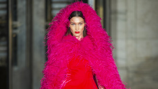 Oscar de la Renta: Με πρωταγωνίστρια τη Μπέλα Χαντίντ στην εβδομάδα Μόδας της Νέας Υόρκης