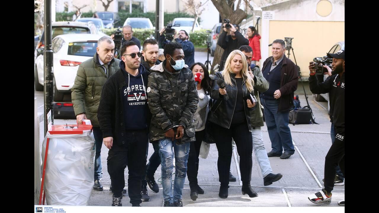 https://cdn.cnngreece.gr/media/news/2020/02/12/207393/photos/snapshot/pateras-valentin-1.jpg