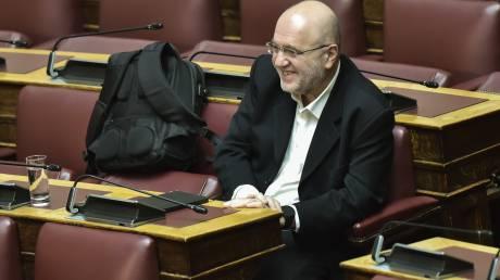 Επέστρεψε στα κοινοβουλευτικά έδρανα ο Τρύφων Αλεξιάδης