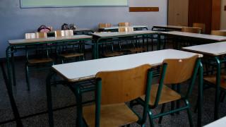 Ξυλοδαρμός 17χρονου στον Βύρωνα: Έγινε παρουσία καθηγητών, καταγγέλλει ο δικηγόρος της οικογένειας