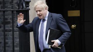 Ανασχηματισμός στη Βρετανία: Οι αποχωρήσεις και τα νέα πρόσωπα