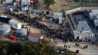 Κουμουτσάκος: Κάρτα εισόδου-εξόδου στα νέα κέντρα για τους πρόσφυγες