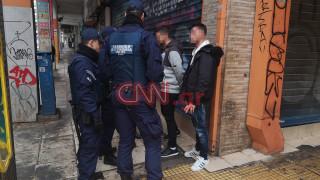 Εκτεταμένη αστυνομική επιχείρηση στη Μενάνδρου μετά τη φονική συμπλοκή