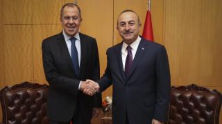 Συνάντηση Λαβρόφ - Τσαβούσογλου για την Ιντλίμπ