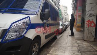 Καρέ - καρέ η μεγάλη αστυνομική επιχείρηση στη Μενάνδρου