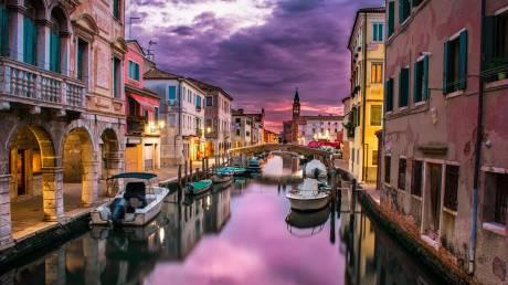 Ημέρα του Αγίου Βαλεντίνου 2020: 13 ταξιδιωτικοί προορισμοί για τους ερωτευμένους