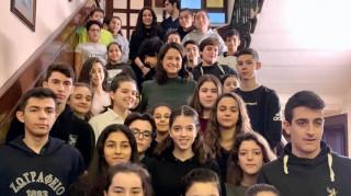 Στα ελληνικά σχολεία της Πόλης η υπουργός Παιδείας - Συνάντηση με Βαρθολομαίο
