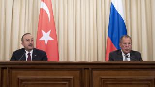 Τσαβούσογλου σε Ρωσία: Οι διαφωνίες μας για τη Συρία να μην επηρεάζουν τις σχέσεις μας