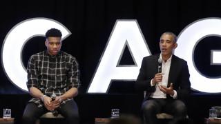 Φιλοφρονήσεις και συγκίνηση: Όταν ο Ομπάμα συνάντησε τον Αντετοκούνμπο