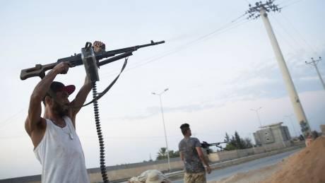 Λιβύη: Εξετάζεται η θαλάσσια επιτήρηση του εμπάργκο όπλων για να «σταματήσει το αστείο»