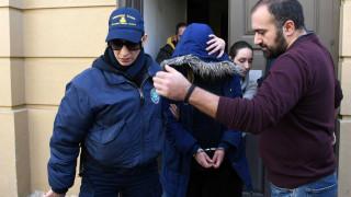Νεκρό βρέφος στην Πάτρα: Συγκλονίζει η μητέρα της παιδοκτόνου στην κατάθεσή της