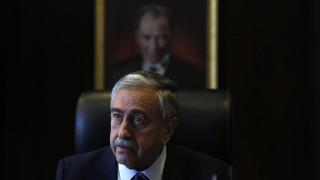 Κατεχόμενα: Επικρίσεις Ακιντζί για τη συνάντηση στα Βαρώσια