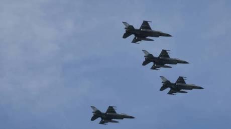 Τουρκικά F-16 πάνω από Οινούσσες και Παναγιά