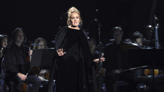 Η Αντέλ χώρισε, έχασε 45 κιλά και ετοιμάζει νέο άλμπουμ - «Δοκιμάστηκα σκληρά, αλλά το αντιμετωπίζω»