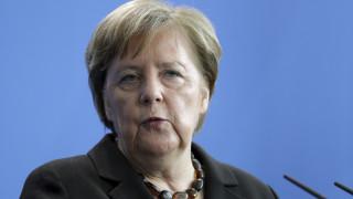 Η Μέρκελ δεν θέλει να αναμειχθεί στην εκλογή νέας ηγεσίας του CDU