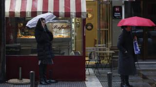 Καιρός: Με βροχές και καταιγίδες το τσίκνισμα