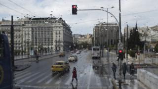 Καιρός: Τσικνοπέμπτη με βροχές - Πού θα «χτυπήσουν» έντονα φαινόμενα