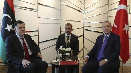 Τουρκία: Συνάντηση Ερντογάν - Σάρατζ στην Κωνσταντινούπολη