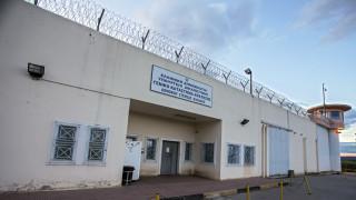 Ευφάνταστος κρατούμενος: Προσπάθησε να περάσει κινητό στις φυλακές μέσα σε… εικόνα