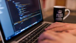 Website ToolTester: Ποια η θέση της Ελλάδας σε μέση πραγματική ταχύτητα διαδικτύου