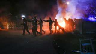 Ουκρανία - Κοροναϊός: Επίθεση σε πούλμαν με επαναπατρισμένους από την Κίνα