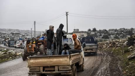 Ιντλίμπ: Η Ρωσία διαψεύδει πως χιλιάδες Σύροι πάνε προς την τουρκική μεθόριο
