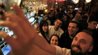 Σόου Τσίπρα με 6 video clip – Ποια είναι η «pop στρατηγική» του