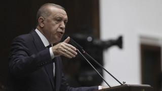 Ερντογάν: Δεν φεύγουμε από την Ιντλίμπ αν ο Άσαντ δεν σταματήσει τις επιθέσεις