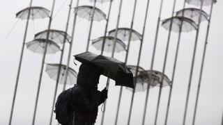 Kαιρός: Νέα πτώση του υδράργυρου, βροχές και ισχυροί άνεμοι για σήμερα