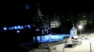 Η νύχτα… μέρα στη Ρωσία: Εντυπωσιακές εικόνες από την έκρηξη μετεωρίτη
