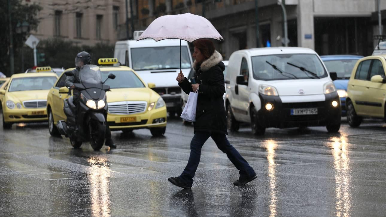 Καιρός: Πού αναμένονται βροχές και χιόνια
