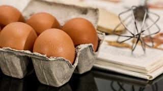 Έρευνα με ελληνική υπογραφή συνδέει τη μεγάλη κατανάλωση αυγών με το εγκεφαλικό