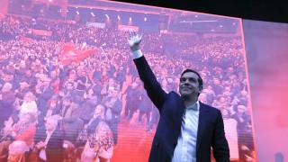 ΣΥΡΙΖΑ: Η αγκαλιά Τσίπρα-Σκουρλέτη και η... ΠΑΣΠ ΑΣΟΕΕ