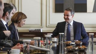 Συνάντηση Μητσοτάκη – Παρλί: Έμφαση στον τομέα της αμυντικής συνεργασίας