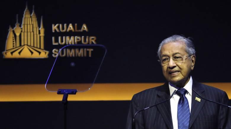 Πολιτική κρίση στη Μαλαισία: Αιφνίδια παραίτηση του πρωθυπουργού