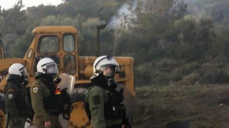Προσφυγικό - «Εκρηκτική» η κατάσταση σε Χίο και Μυτιλήνη: Εκτεταμένα επεισόδια, χημικά και οδομαχίες