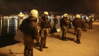 Προσφυγικό – Χίος: Επίθεση με πασχαλινές ρουκέτες κατά αστυνομικών