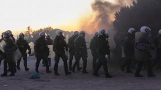 Προσφυγικό: Πολιτικός «σεισμός» για τα επεισόδια στα νησιά
