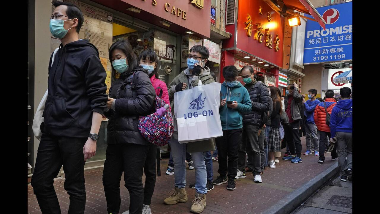 https://cdn.cnngreece.gr/media/news/2020/02/25/208914/photos/snapshot/china-mask12.jpg