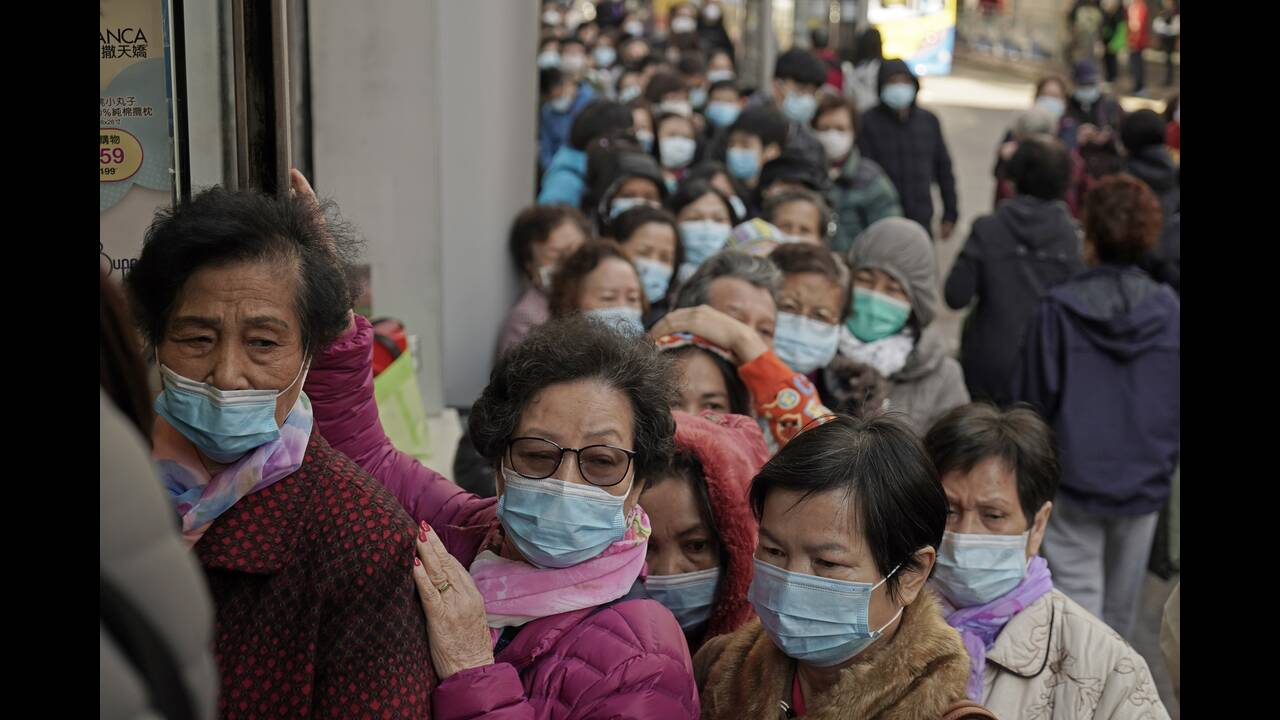 https://cdn.cnngreece.gr/media/news/2020/02/25/208914/photos/snapshot/china-mask2.jpg