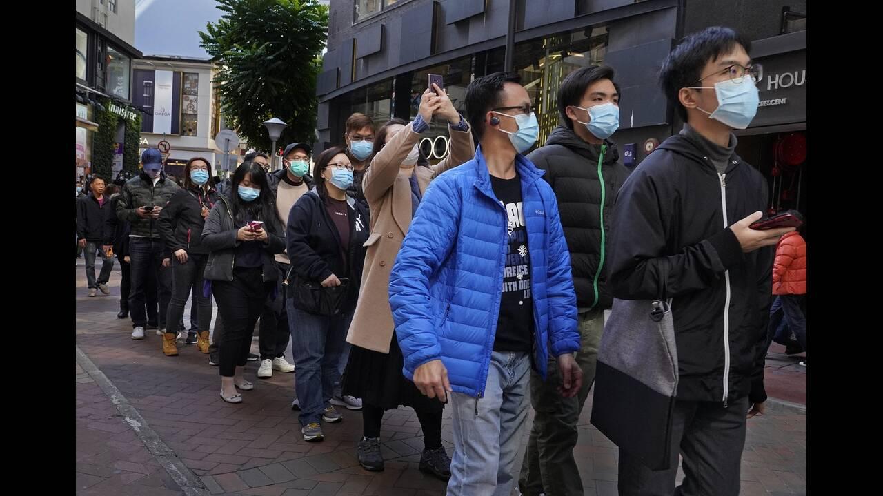 https://cdn.cnngreece.gr/media/news/2020/02/25/208914/photos/snapshot/china-mask3.jpg