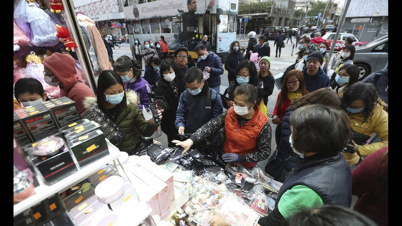 https://cdn.cnngreece.gr/media/news/2020/02/25/208914/photos/snapshot/china-mask9.jpg
