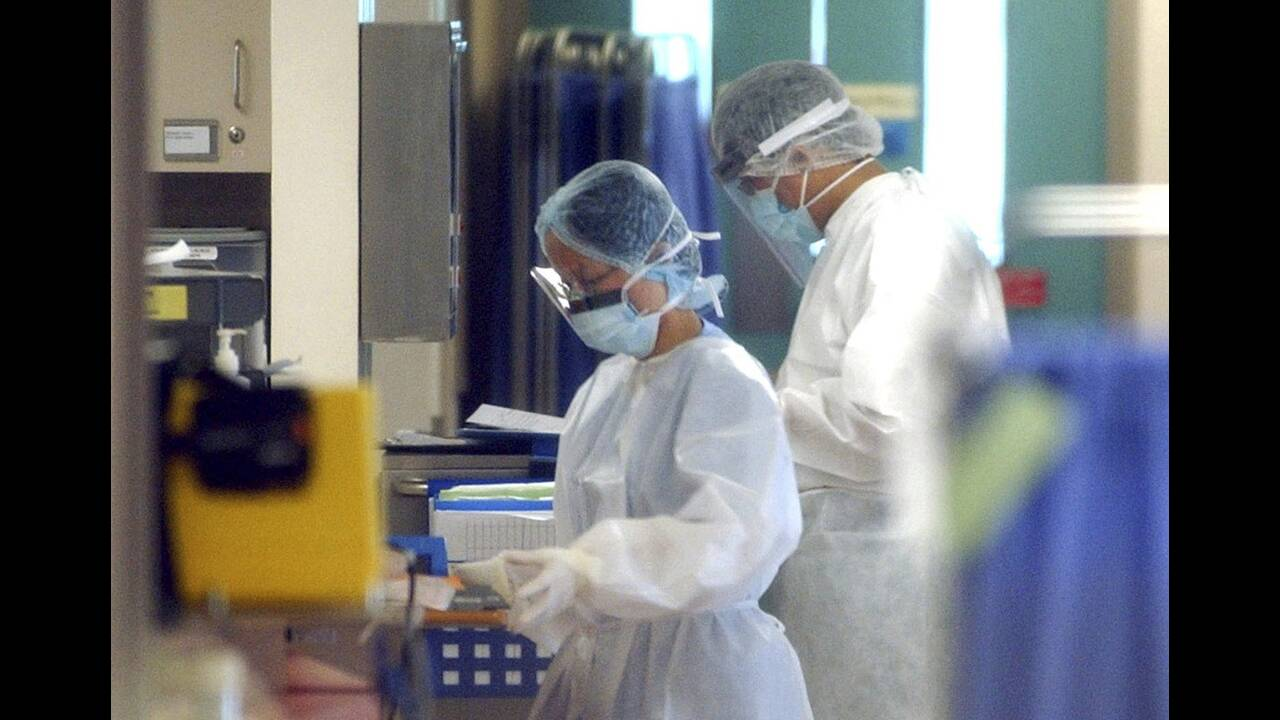 https://cdn.cnngreece.gr/media/news/2020/02/25/208934/photos/snapshot/coronavirus5.jpg