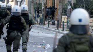 ΑΣΟΕΕ: Δυνάμεις των ΜΑΤ μπήκαν στο πανεπιστήμιο – Το χρονικό της έντασης