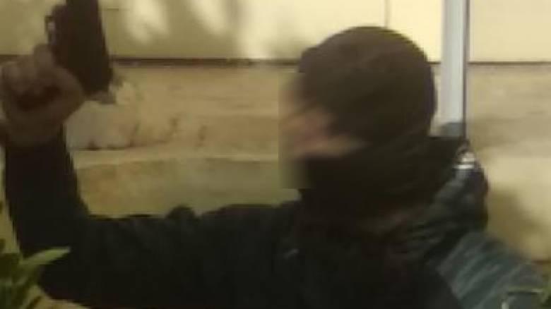 ΑΣΟΕΕ: Νέο βίντεο με τον αστυνομικό κυκλοφόρησε στο διαδίκτυο