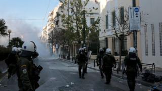 Κόντρα κυβέρνησης - ΣΥΡΙΖΑ για τα επεισόδια στην ΑΣΟΕΕ