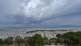 Καιρός: Νεφώσεις, βροχές και άνοδος της θερμοκρασίας την Τετάρτη