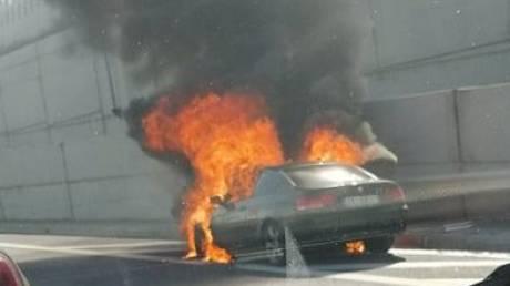 Φωτιά σε όχημα στην Αττική Οδό