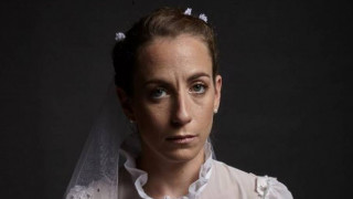 Μεταξύ ηδονής και αλγηδόνος: «Ο Γάμος» του Μάριου Ποντίκα στο θέατρο «Σταθμός»